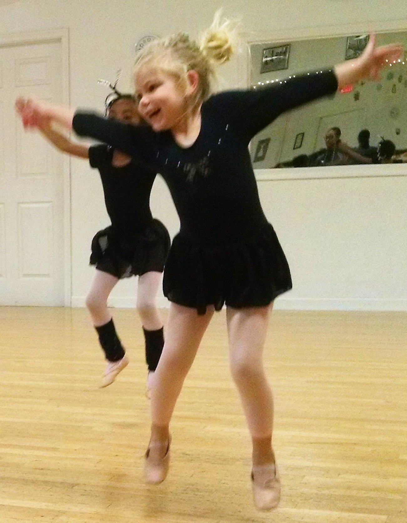 Creative Dance - 3-4 years old - Trial Class