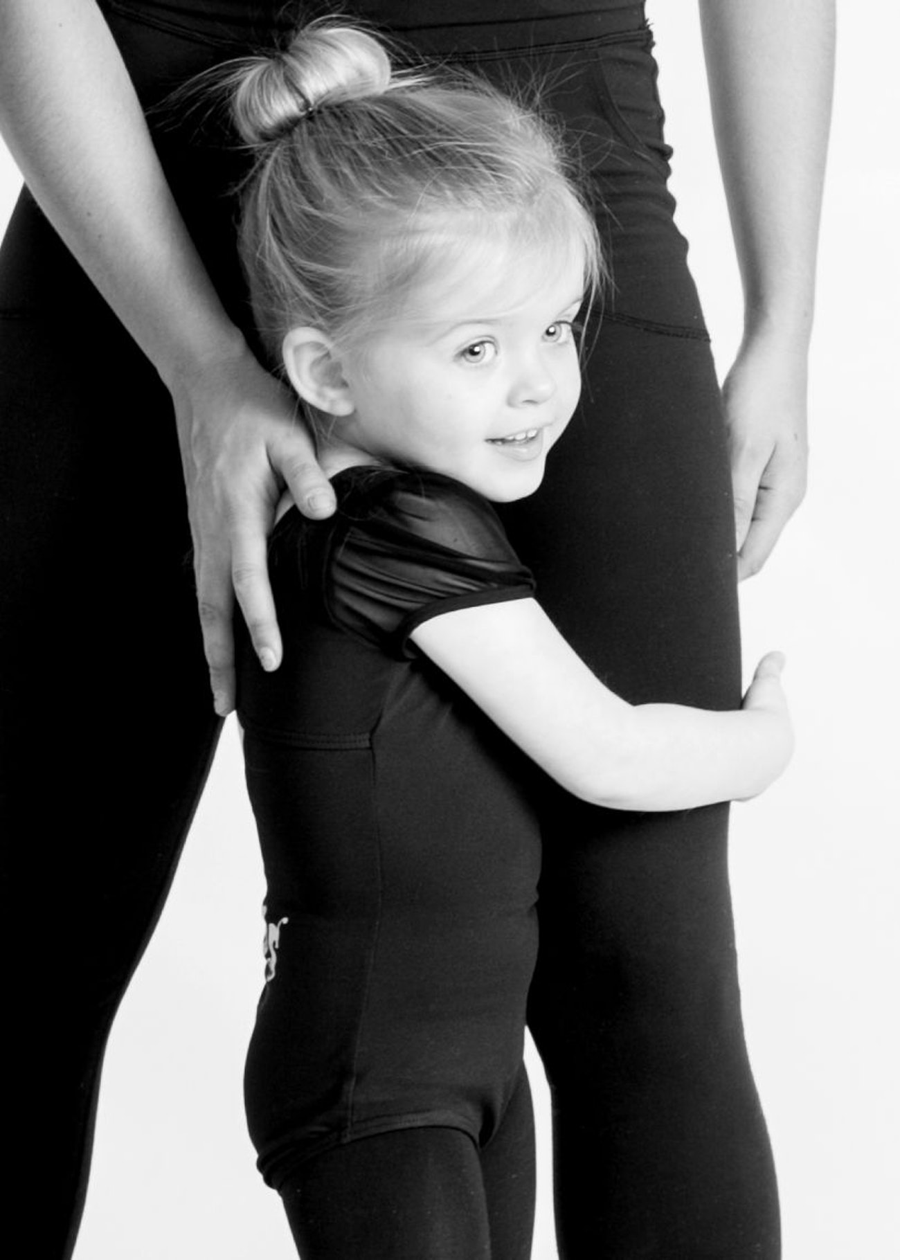 Summer Dance with Me! - 4 weeks, Ages 18 months to 3 years old ( 4 days)